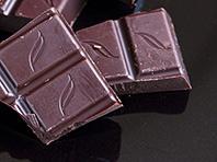 Темный шоколад полезен для мозга людей, страдающих от бессонницы