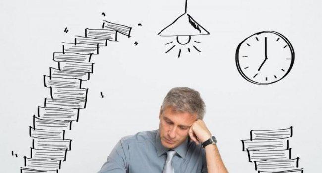 Чрезмерные нагрузки на работе и в учебе могут привести к инсульту и инфаркту