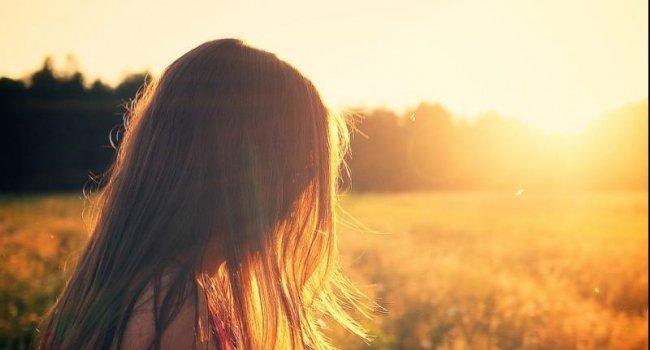 Дефицит витамина D повышает риск развития рассеянного склероза у женщин