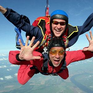 Что нужно знать перед прыжком с парашютом?