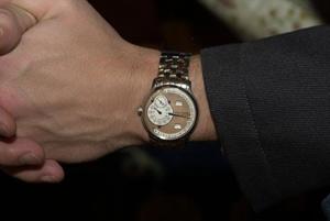 Часы с мужским характером