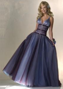 Пошив женских платьев