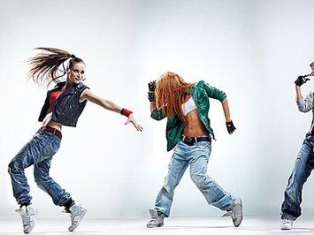 Занимаемся танцами