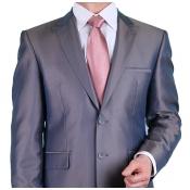 Хороший выбор костюмов по доступной цене