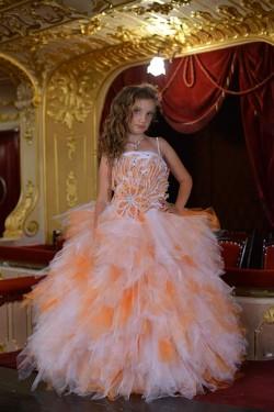 Покупка детских платьев для дочки