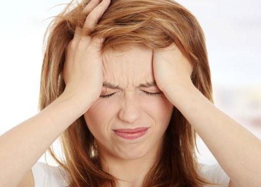 Что делать женщинам, если часто мучают головные боли?
