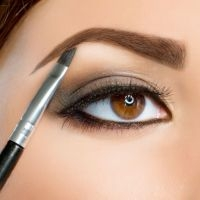 Как нужно правильно красить брови карандашом