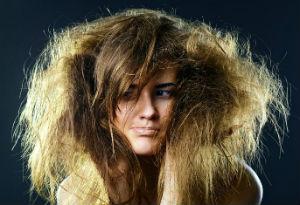 Как бороться с сухими волосами