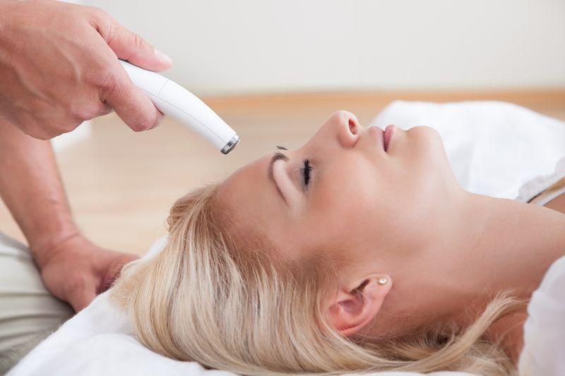 Лазерная шлифовка лица: особенности подготовки к процедуре