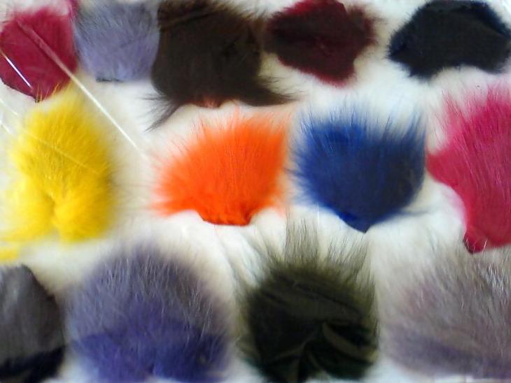 Покраска меховых изделий: способы нанесения пигмента, популярные красители, обработка дома и в ателье